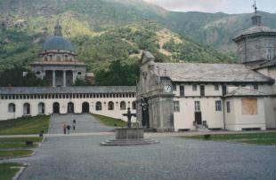 Descrizione e foto del Santuario di Oropa (BI)