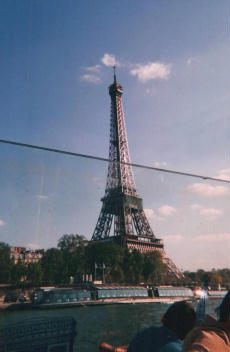 Foto di Parigi (Tour Eiffel vista dalla Senna)