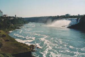 Foto delle Cascate del Niagara (American Falls e Bridal Veil Falls)