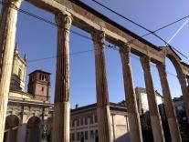 Foto di Milano (Colonne di San Lorenzo e omonima chiesa)