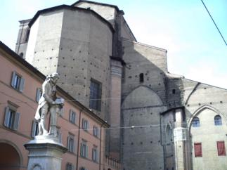 Foto di Bologna (abside della Basilica di San Petronio)