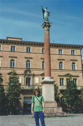 Foto di Bologna (piazza della Basilica di San Domenico)
